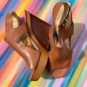 Michael Michael Kors Brown Wedges size10.5 GUC